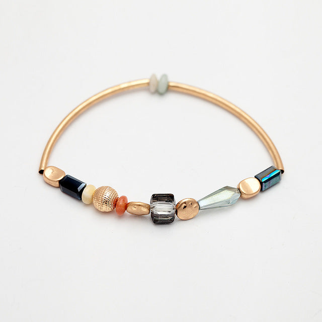 Women's handmade bracelet with elastic glass bead