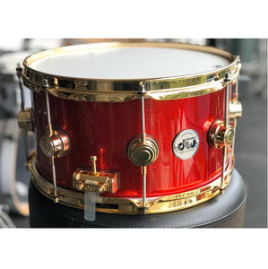 "DW USA Collector's All-Maple 7""x13"" Snare Drum, Lacquer Specialty Blood Red Sparkle, Gold HW"