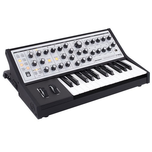 Moog Sub Phatty Analog Synthesizer with Gig Bag **Save More**