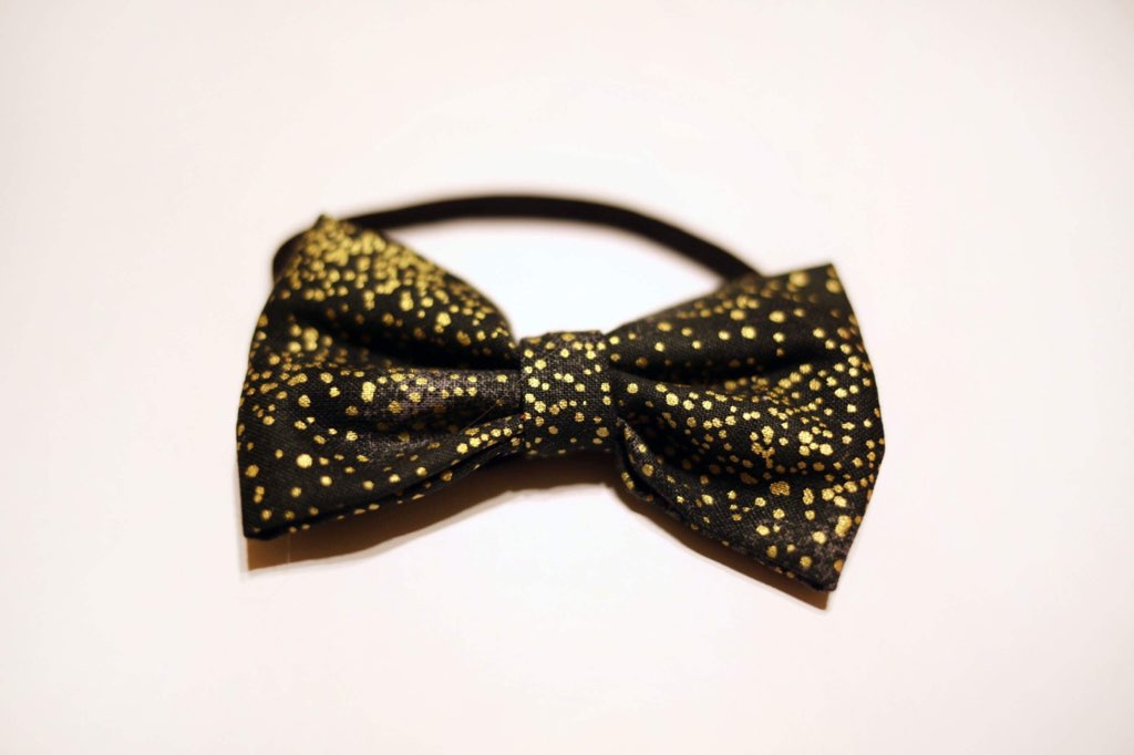 Black and Gold Speckled Bow