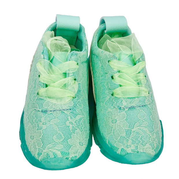 Girl's Lace Sneakers with organza. Green.