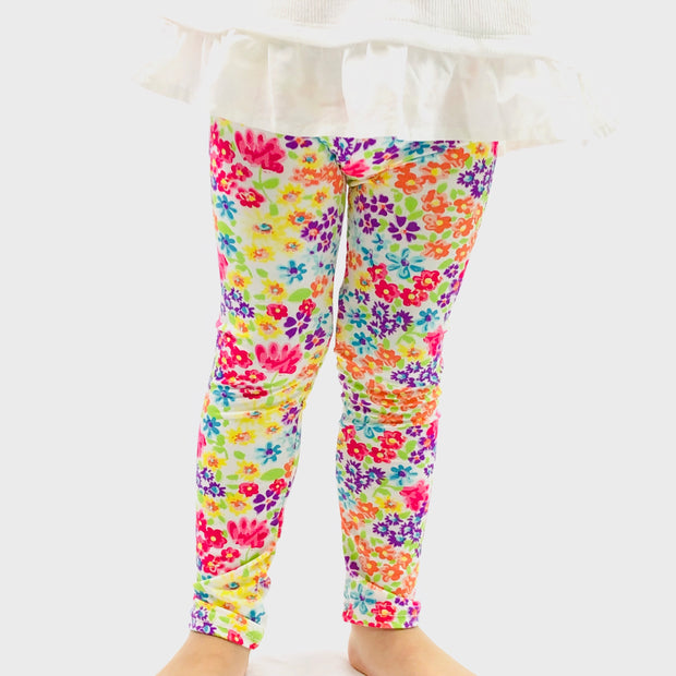 Girl Classic Flower Print Super Soft Summer Leggings. Beige.