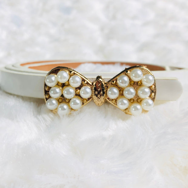 Girl's Pearl embellished bow detail belt. White.