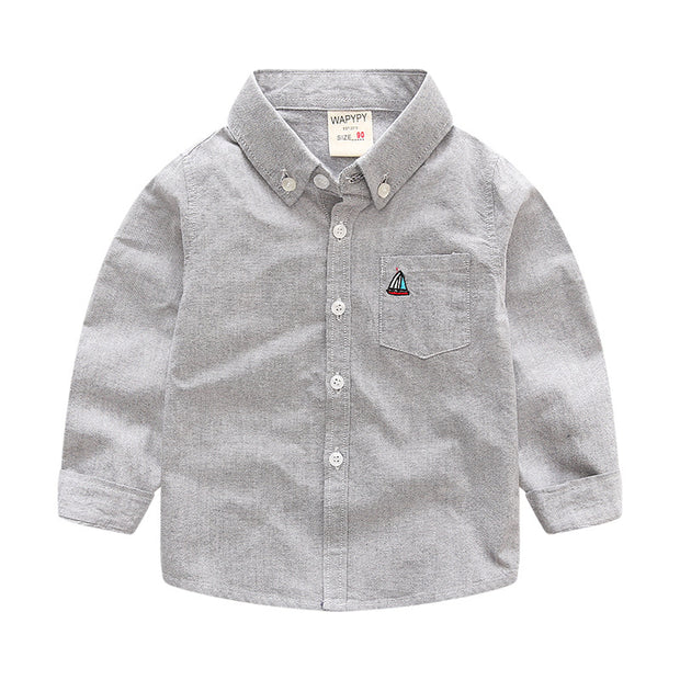Boy's Boat embro button down shirt. Gray