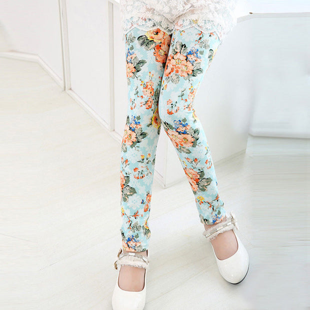 Girl Classic Flower Print super soft Summer Leggings. Light blue.
