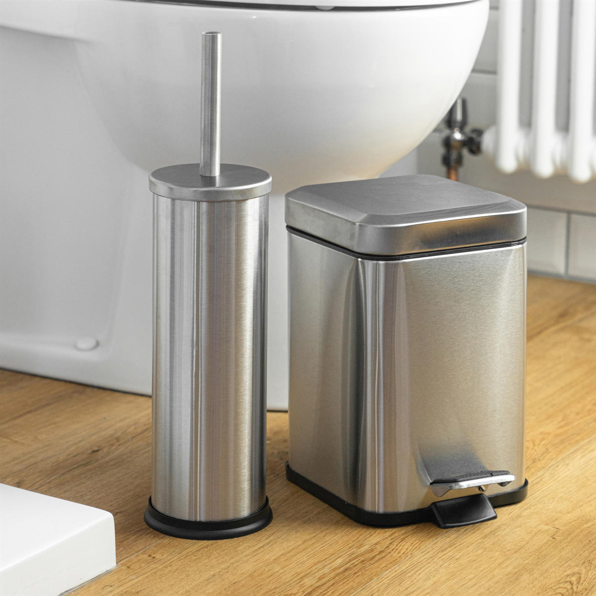 Harbour Housewares Bathroom Toilet Brush & Holder Set - Matte