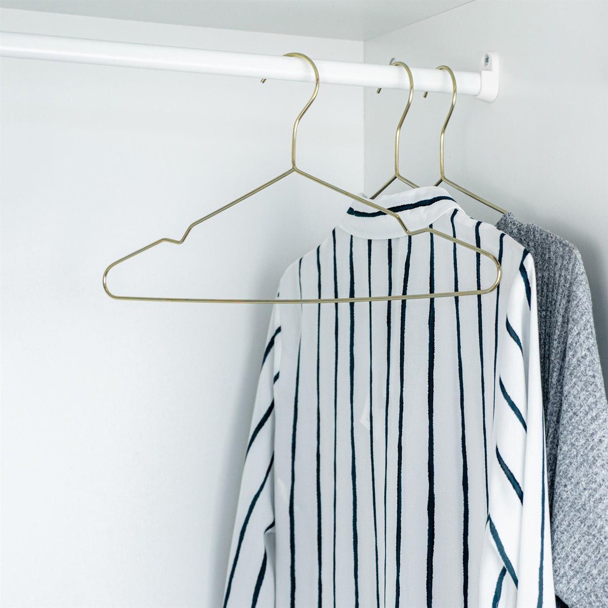 hangers wholesale uk
