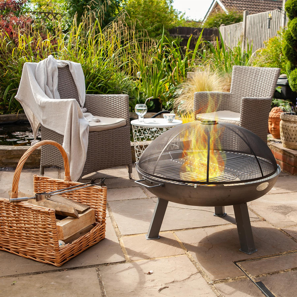Harbour Housewares Round Firepit Grill - 48.5cm