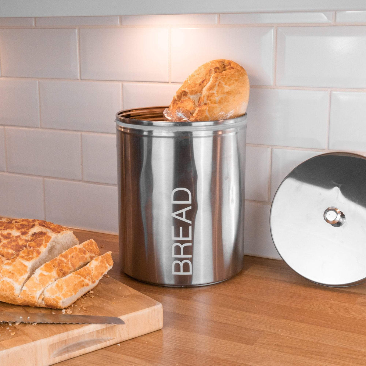 Harbour Housewares Metal Bread Bin - Silver