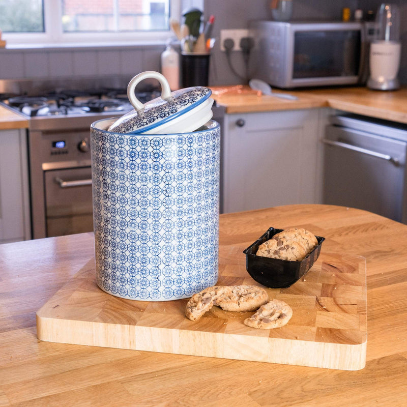Nicola Spring Hand-Printed Japanese China Kitchen Biscuit Barrel - Blue Floral - 3L