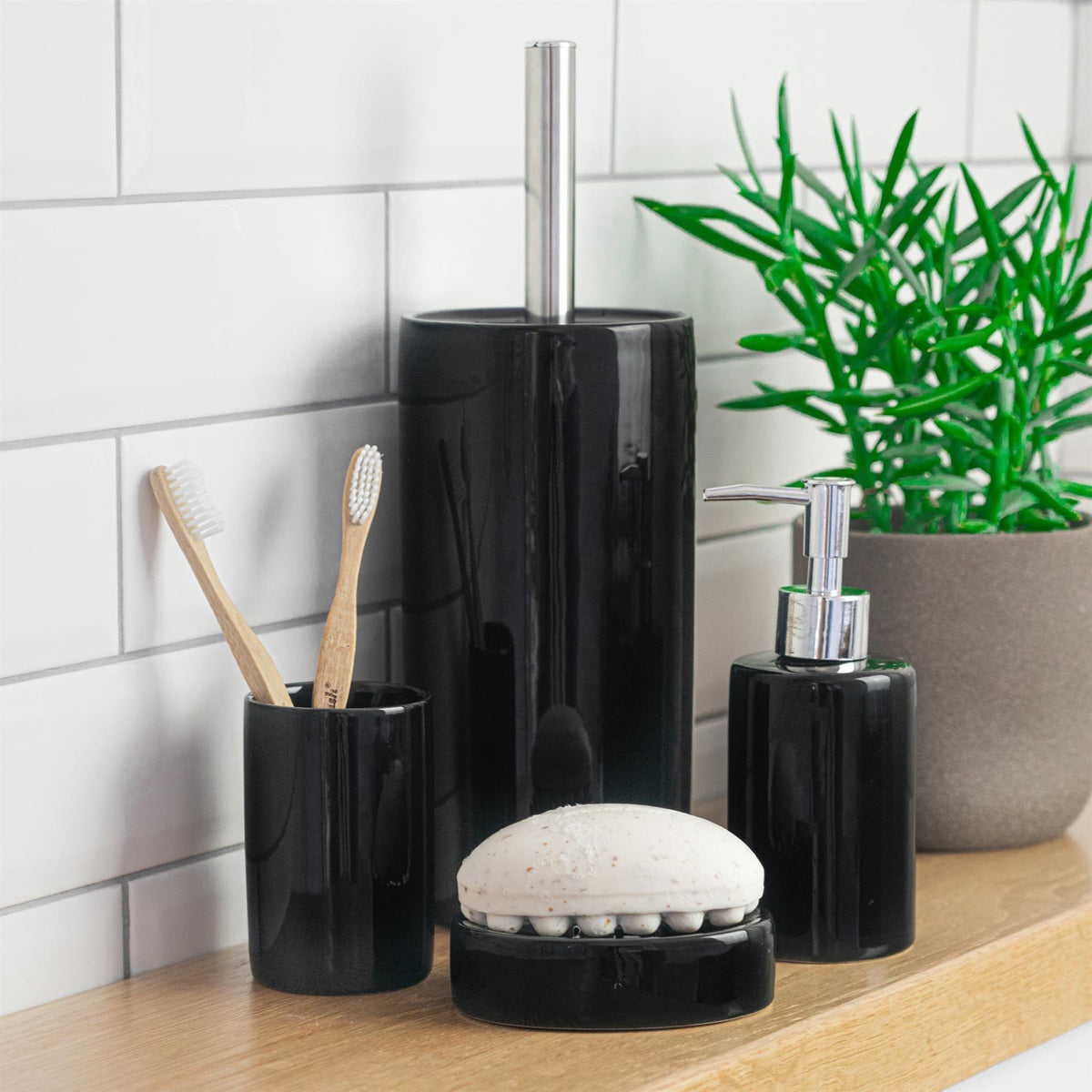 Harbour Housewares Ceramic Bathroom Toilet Brush & Holder Set Black