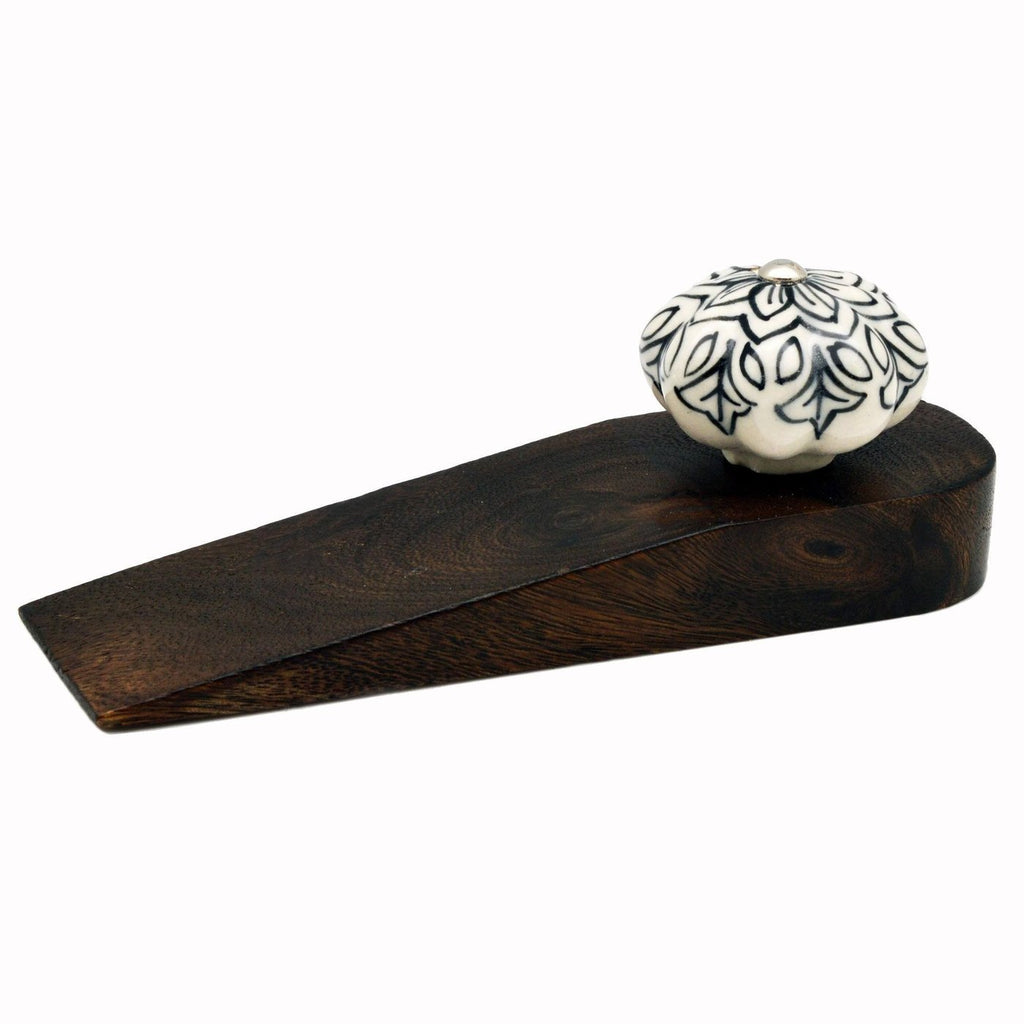 Nicola Spring Traditional Vintage Wooden Door Stop - Flower Design