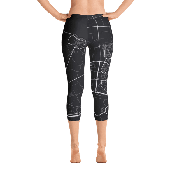 Capri Leggings Goes Black