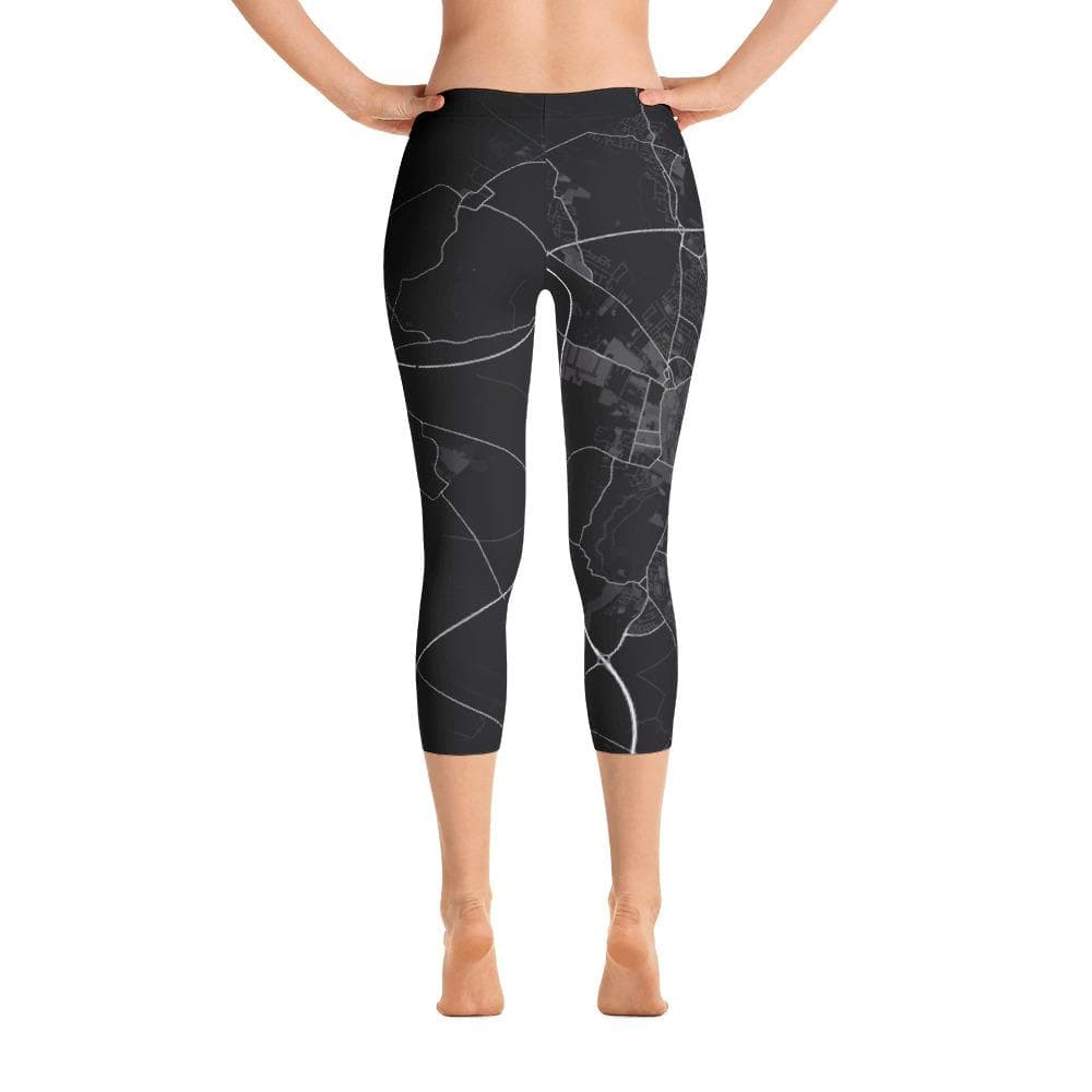 Cambridge UK Black Capri Leggings