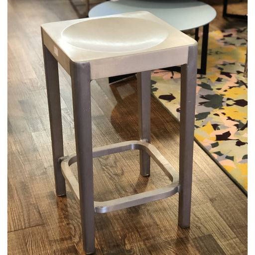 Tabouret, Counter stool - octantdesign.com