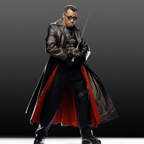 "<img src=""Blade.jpg"" alt=""the Blade Actor, Wesley Snipes in a beautiful jacket"">"