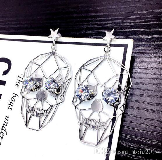 Hollow Skull Diamond Eye Dangle Earrings