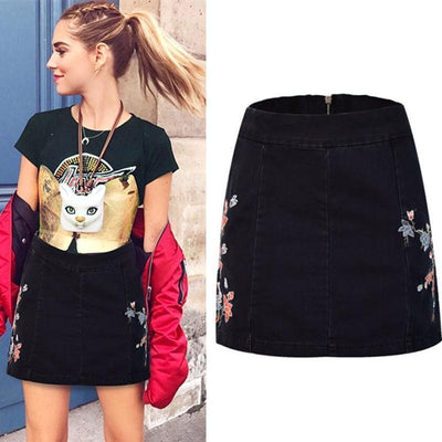 Flower Embroidery Black Skirt