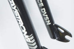 "RACE DVSN PRO / 20"" / 10MM / FORKS / BLACK"