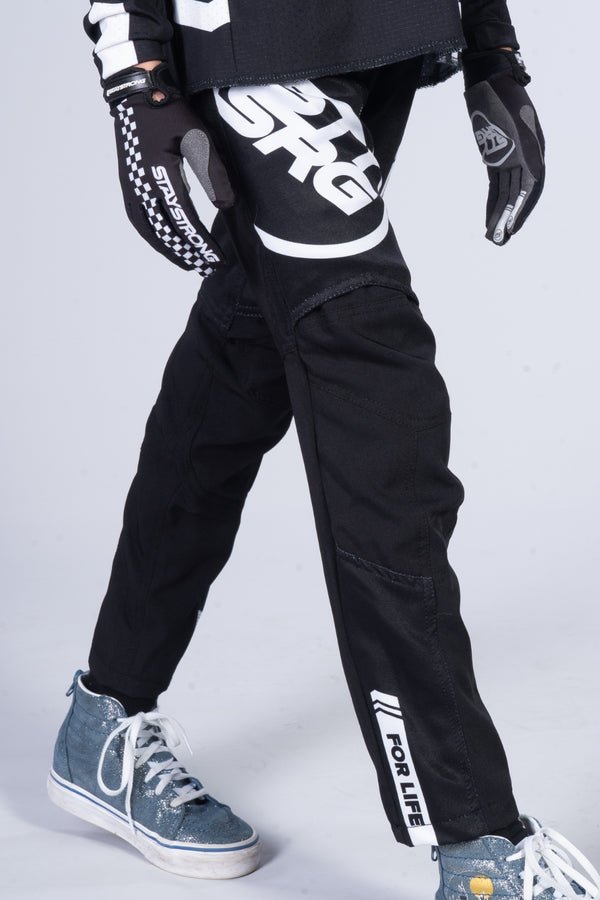 2020 STAY STRONG / RACE PANTS / KIDS / BLACK WHITE