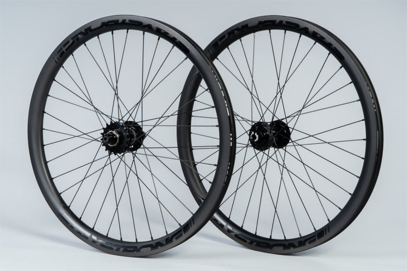"REACTIV CARBON 24 X 1.75"" / DISC / WHEELSET / CRUISER / BLACK"
