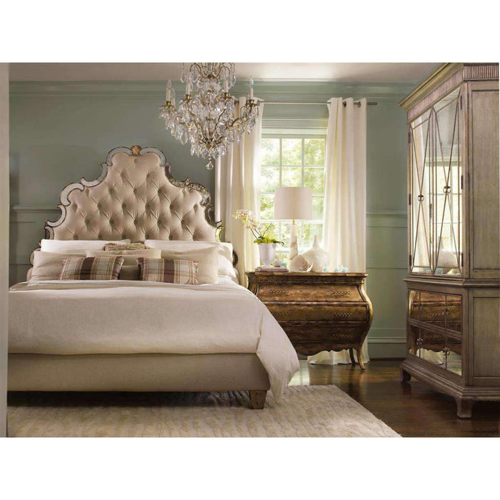 Sanctuary King Tufted Bed - Bling