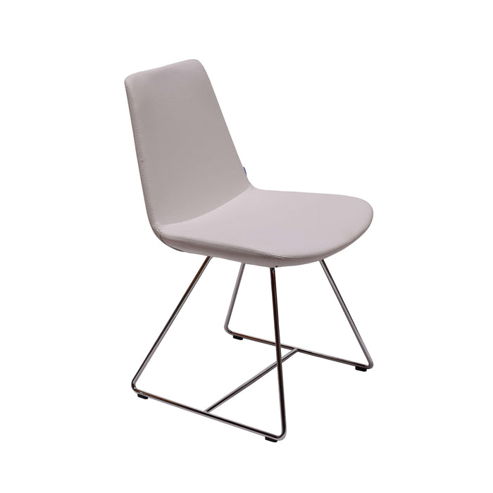 Pera Sled Chair