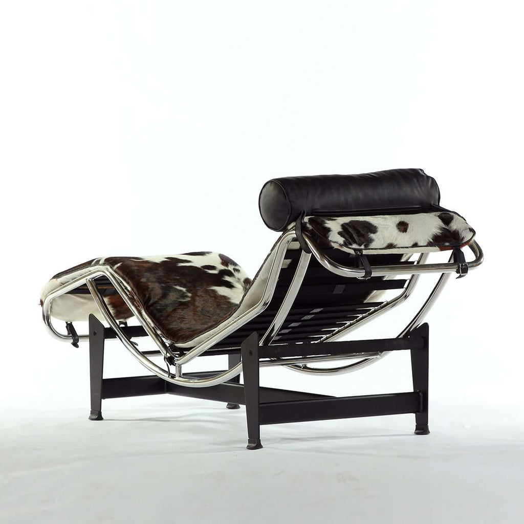 Mid Century LC4 Chaise Lounge - Cowhide