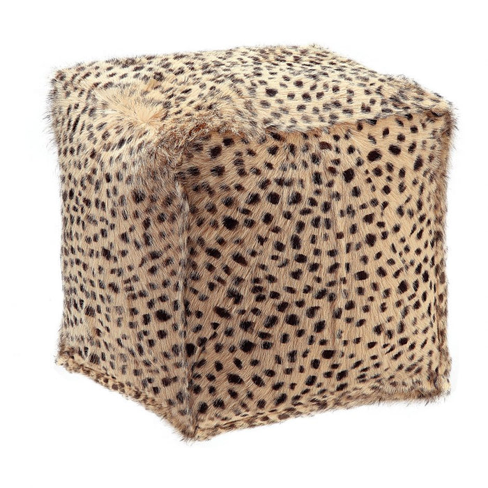 SPOTTED GOAT FUR POUF CREAM