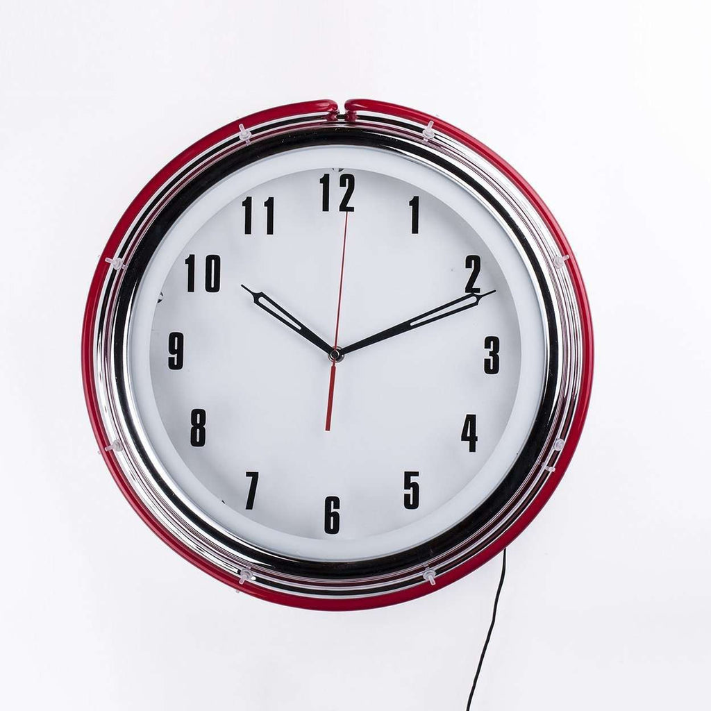 Contemporary Donny Wall Clock