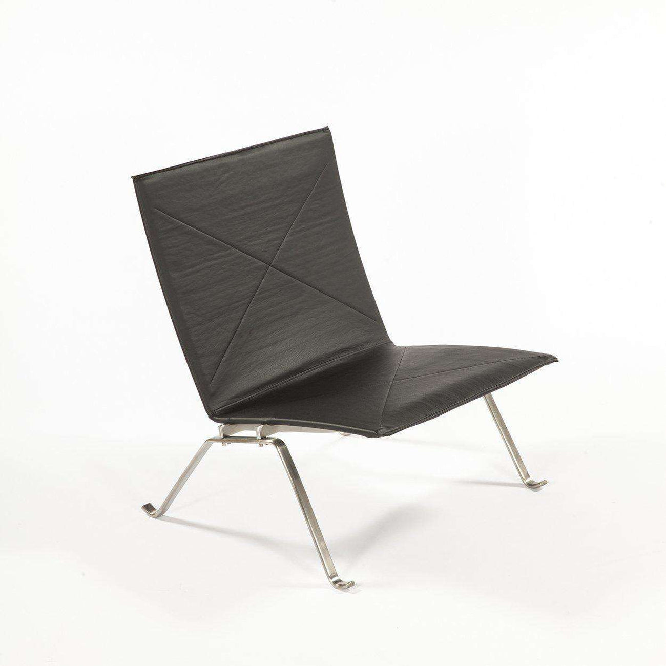 Beau PK22 Easy Chair   Black [staff Pick]