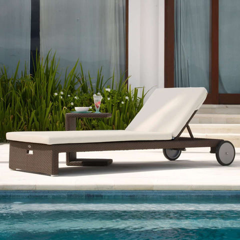 Cuatro Chaise Lounger by Skyline Design