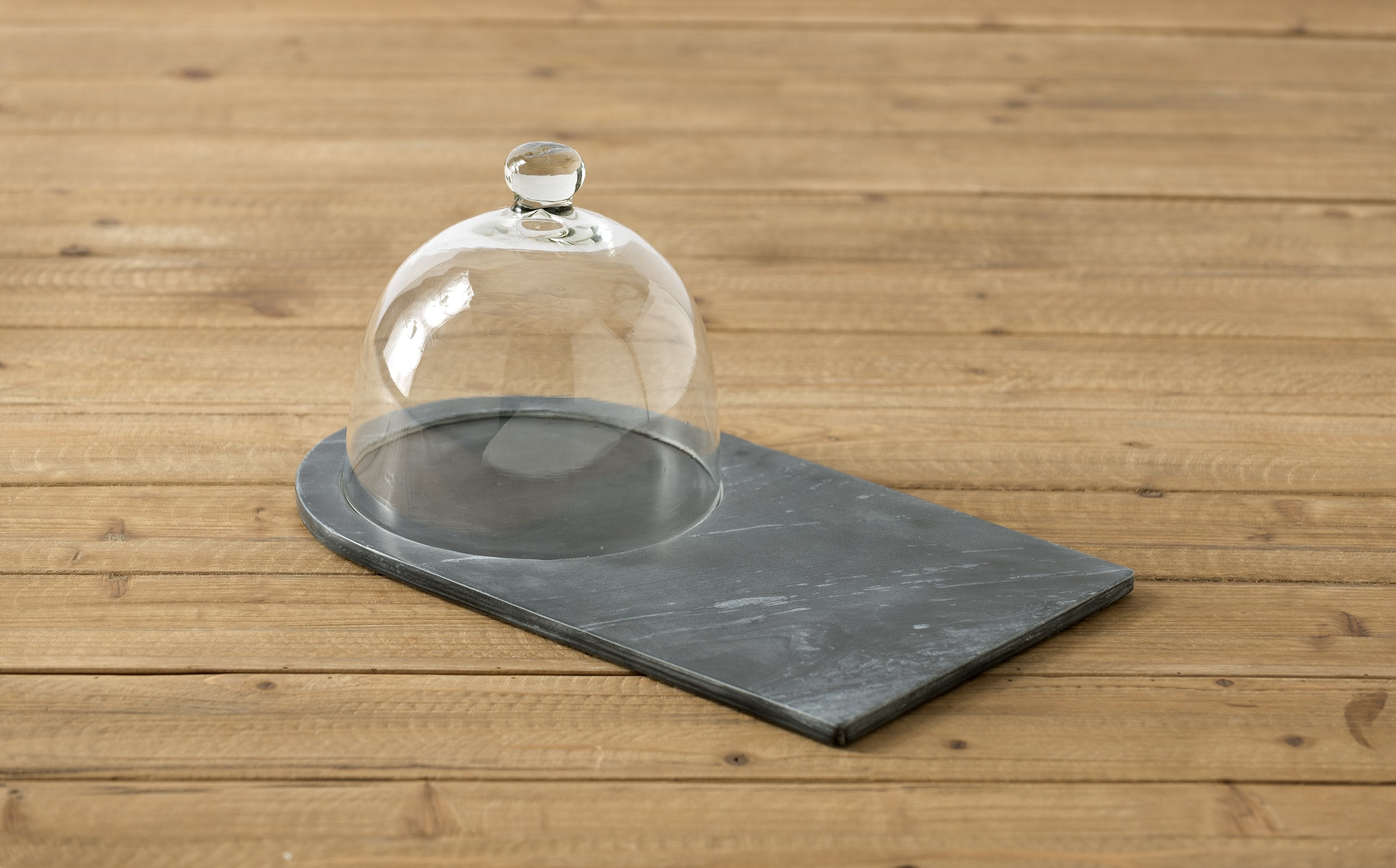 PIEDMONT SLATE CHEESE BOARD WITH CLOCHE