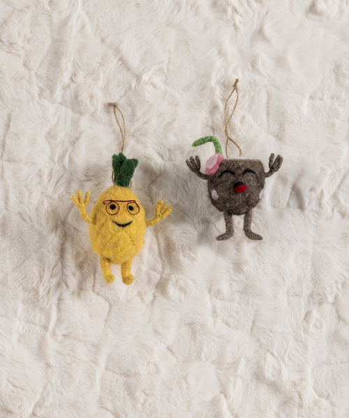 Set/2 Coconut And Pineapple Ornaments, Multi