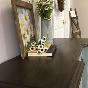 Vanity/ desk ( pick up only) - Homestead House