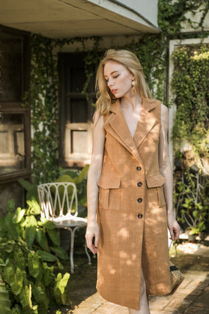 Model wearing Hand-spun Sustainable Cotton Blazer Dress Naturally Dyed Burnt Sienna Brown