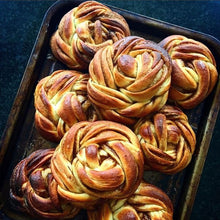 One-on-One Online Class: Dough Braids and Knots by Thida Bevington