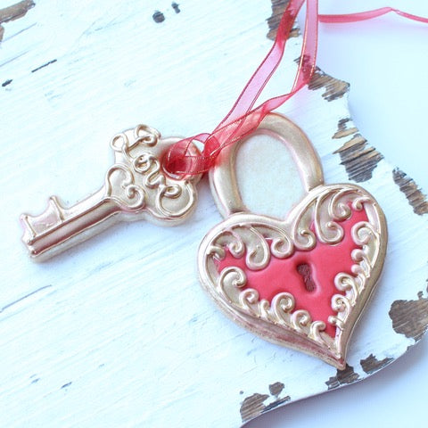 Heart & Key Cookies Supplies by Montreal Confections