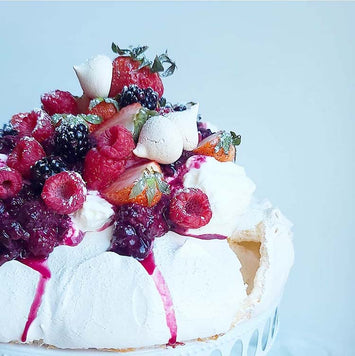 Summer Fruit Pavlova and Mini's LIVE Masterclass with Sasha of @SashaCakesChicago (Saturday, July 11th at 1pm EST)