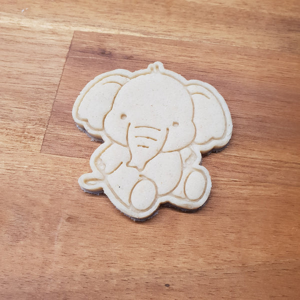 Elephant sitting cookie cutter and stamper - just-little-luxuries