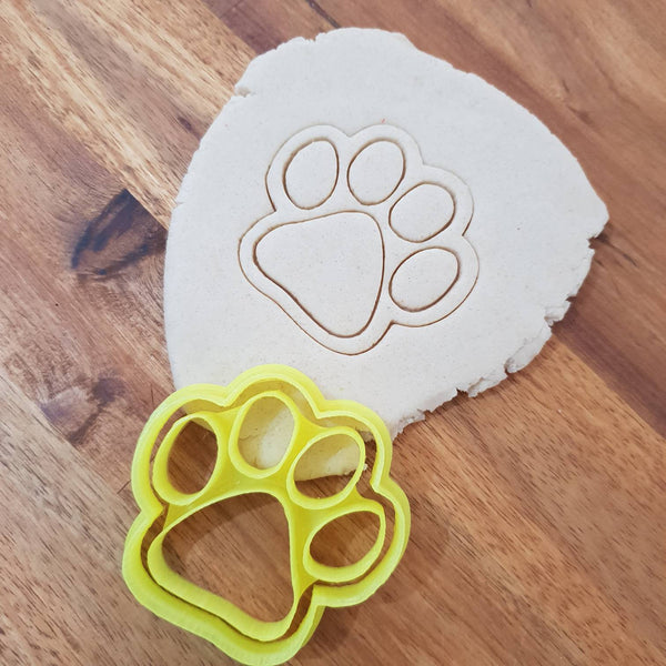Dog Paw Cookie Cutter - just-little-luxuries