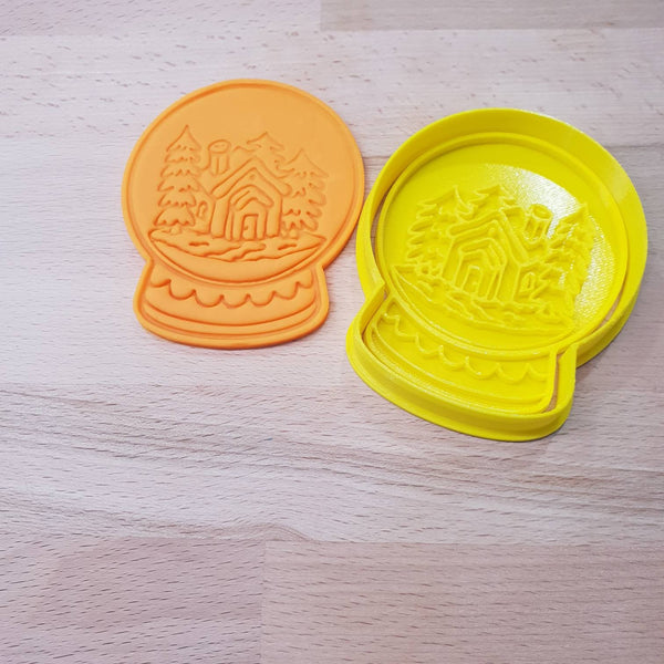 Christmas Snow Globe cookie cutter - house - just-little-luxuries