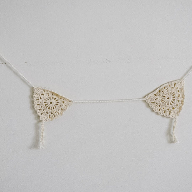 Laurel Crochet Garland