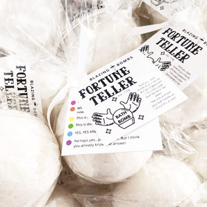 Fortune Teller Bath Bomb (6.5oz)