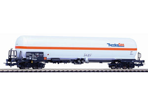 "Piko 54667  Pressurized gas car, ""TYCZKA GAS"" without roof"