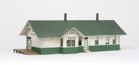 American Model Builders 127  Union Pacific Depot with Freight Dock - The Scuderia 46