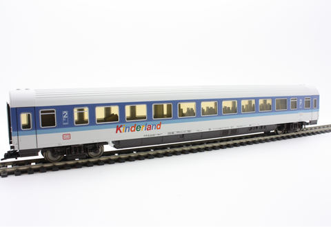 Fleischmann 5674  2nd class Passenger Wagon FD-FernExpress, DB - The Scuderia 46