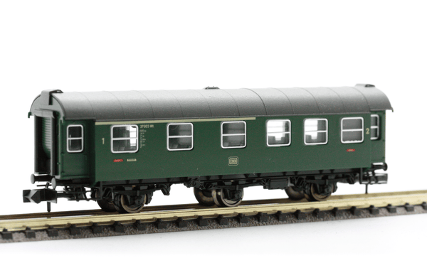 Fleischmann 8098  3-axled, 1st/2nd class Passenger coach, of the DB - The Scuderia 46
