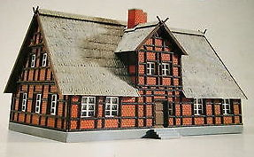 Kibri 7316  Half Timbered Brick House - The Scuderia 46