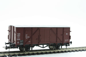 Roco 46001 Flat roof boxcar of the German Federal Railways - The Scuderia 46